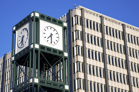 clock tower in Memphis, Tennessee